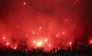 De nombreux supporters étaient présents devant le stade Vélodrome