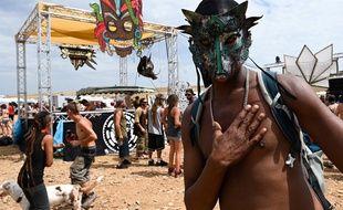 Une rave party a rassemblé entre 5.000 et 7.000 personnes en Lozère le week-end du 8-9 août 2020.