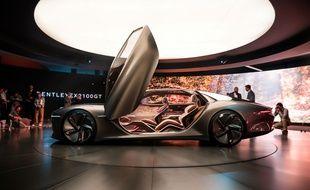 La Bentley EXP 100 GT, berline électrique et autonome.