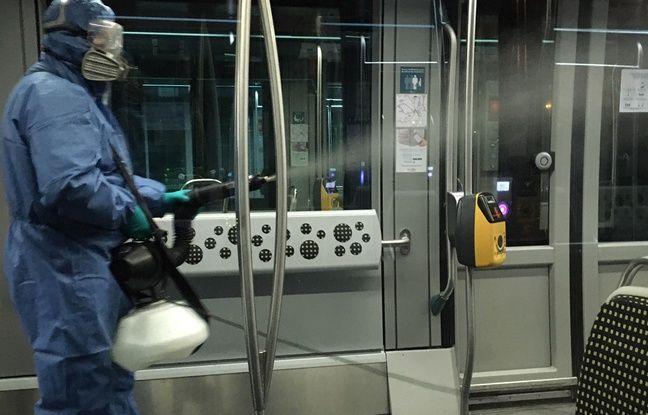 Désinfection d'une rame de tramway sur le réseau TBM de Bordeaux Métropole