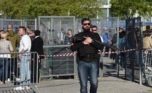 Important dispositif de sécurité devant le Dôme à Marseille avant un meeting de Marine Le Pen. (Illustration).