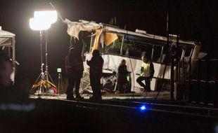 Une collision entre un autocar scolaire et un train à Millas a fait au moins cinq morts, le 15 décembre 2017.