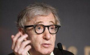 """Le cinéaste américain Woody Allen a rendu hommage, samedi lors du 61e Festival de Cannes, à la """"catalan way of life"""", qualifiant Barcelone de ville """"très excitante, pleine de vie"""" où """"à deux, trois ou quatre heures du matin, les rues sont pleines de gens""""."""