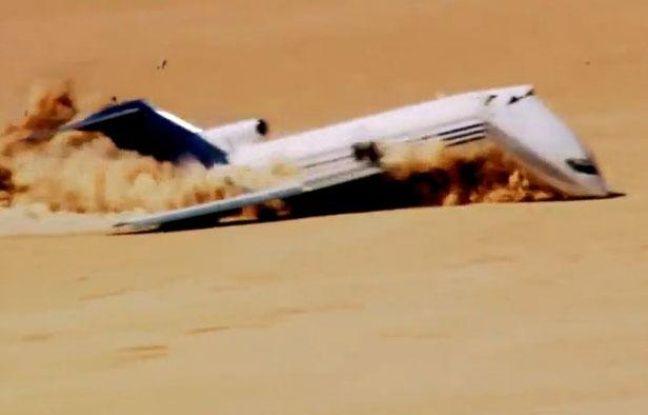 Crash d'un Boeing dans le désert mexicain pour une émission de télévision américaine.