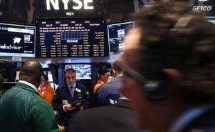 Le groupe boursier transatlantique NYSE Euronext a annoncé lundi avoir reçu le feu vert de ses actionnaires pour être racheté par l'américain InterContinental Exchange (ICE).