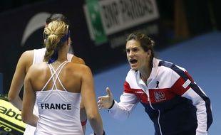 Amélie Mauresmo lors de la finale de Fed Cup le 13 novembre 2016.