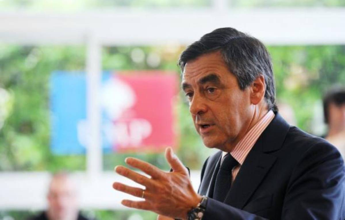 L'ex-Premier ministre François Fillon s'est fracturé un pied dans un accident de scooter dimanche après-midi sur l'île de Capri (sud de l'Italie). – Alain Jocard afp.com