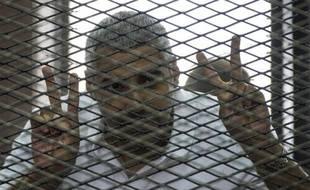 Le journaliste Egypto-Canadien d'Al-Jazeera Mohamed Fahmy, le 23 juin 2014 lors de son procès au Caire