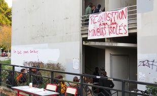Le sous-sol du bâtiment de la Censive de l'université de Nantes est occupé par des étudiants.