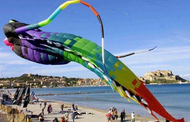 Le Festival du Vent a lieu tous les ans à Calvi, en Haute-Corse.
