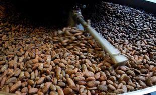 Les prix des alimentaires, qui ont très peu bougé lors de cette semaine écourtée par deux jours fériés à Londres, terminent l'année en ordre dispersé, le cacao ayant fortement grimpé tandis que le sucre et le café ont chuté.