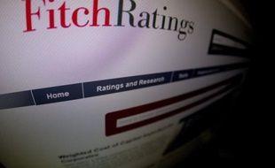 L'agence d'évaluation financière Fitch a abaissé vendredi la note de l'endettement à long terme de cinq pays de la zone euro, dont l'Italie et l'Espagne.