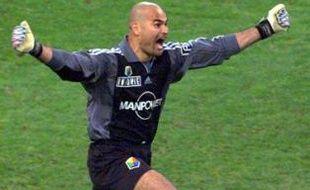 José Luis Chilavert vient de donner la victoire à Strasbourg en final de la Coupe de France 2001, le 25 mai 2001.
