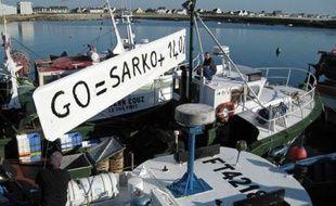 Grève des marins pêcheurs à Saint-Guénolé (Finistère) contre la hausse du prix du fuel, le 2 novembre 2007