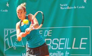 Mathilde Johansson est venue à bout de l'Israélienne Julia Glushko (149e WTA) en la battant 4-6, 6-3, 6-4.