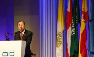 Les conflits au Proche-Orient ou au Mali illustrent l'urgence d'un dialogue entre les religions, a estimé le secrétaire général de l'ONU Ban Ki-moon lors de l'inauguration lundi à Vienne d'un nouveau centre controversé financé par l'Arabie saoudite et visant à promouvoir le dialogue interreligieux.