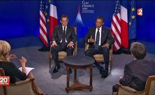 """Du FN à l'extrême gauche en passant par le PS, l'opposition a fustigé l'interview télévisée de Nicolas Sarkozy avec Barack Obama à une heure de grande écoute, la qualifiant d'""""opération de communication électoraliste"""" à cinq mois de la présidentielle en France."""