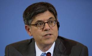 """Le secrétaire au Trésor américain, Jacob Lew, a estimé mardi que la réduction des déficits publics aux Etats-Unis était """"importante"""" mais qu'elle ne saurait être la """"seule boussole"""" de l'action publique."""