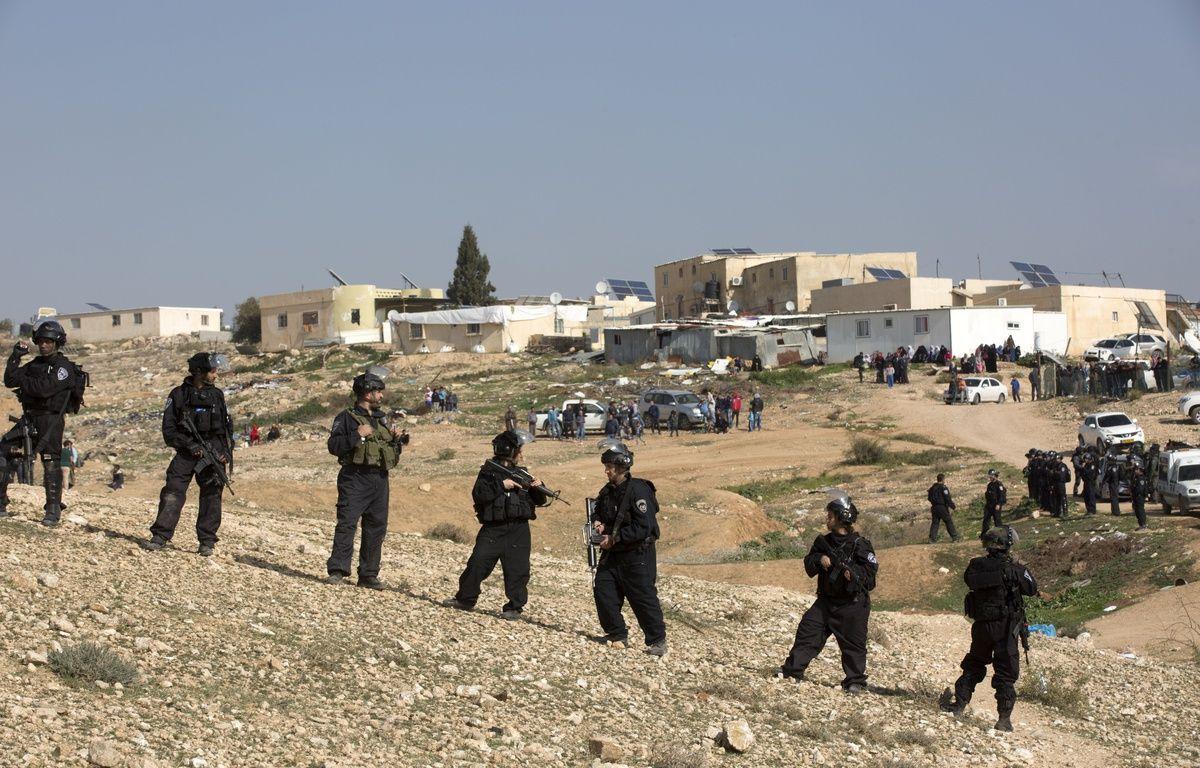 Les forces de défense israéliennes lors de la destruction d'un village bédouin en janvier 2017.  – Heidi Levine/SIPA