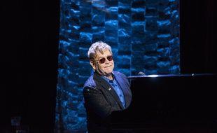 Elton John en concert, en mars 2016.