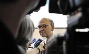 Le gouvernement français va dégager 7,5 milliards d'euros de recettes pour boucler le budget de l'année 2012, puis environ 19 milliards d'euros pour 2013, indique mercredi le quotidien Les Echos sur son site internet.
