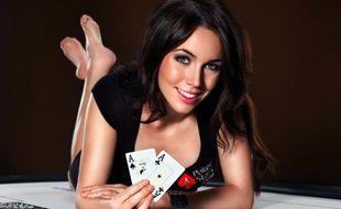 "L'Anglaise Olivia ""Liv"" Boeree remporte l'épreuve Seconde Chance à 109 dollars des World Series of Poker Online (WCOOP)"