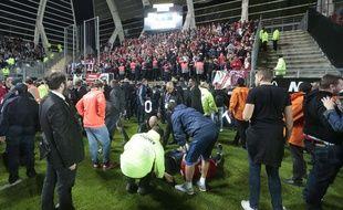 Après l'effondrement d'un garde-corps au stade de la Licorne d'Amiens, lors du match SC Amiens-Losc, le 30 septembre.