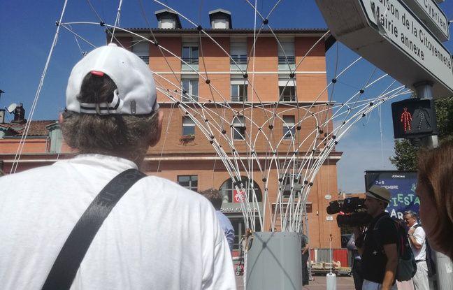 L'installation de la première canopée à Toulouse, le 29 août 2019. Pour l'instant, ça ressemble à ça.