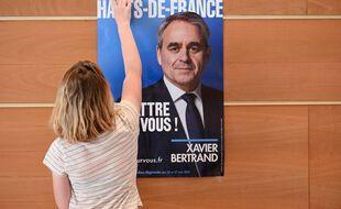 Affiche de campagne de Xavier Bertrand.