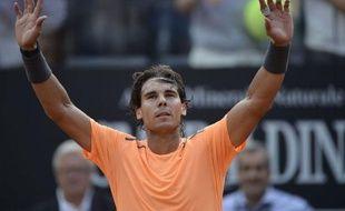L'Espagnol Rafael Nadal, tête de série N.2, s'est qualifié pour la finale du Masters 1000 de Rome en battant son compatriote, David Ferrer (N.6), 7-6 (8/6), 6-0, samedi.