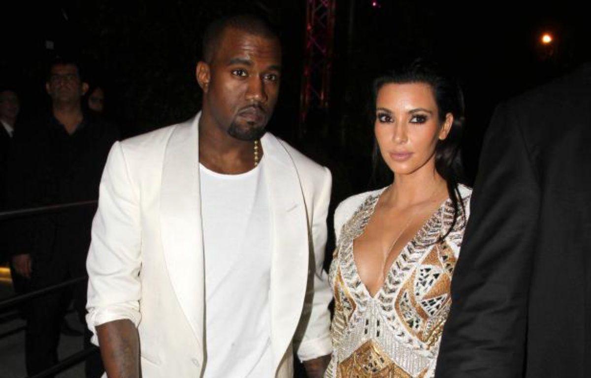 Kim Kardashian et Kanye West le 24 mai 2012 à Cannes. – LV PROD/COLLET