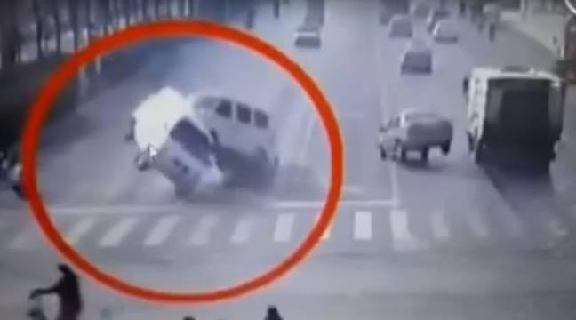 VIDEO. Le mystère des voitures chinoises en lévitation résolu
