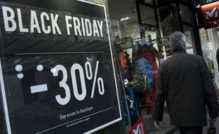 Un magasin participant au Black Friday, le 27 novembre à Paris.