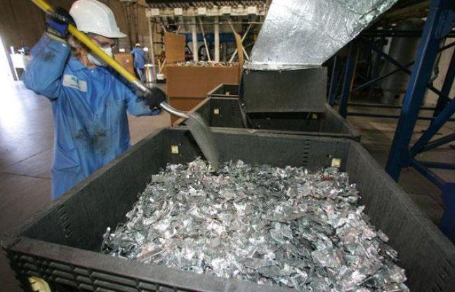 Usine de recyclage de Hewlett-Packard: les plastiques sont séparés des métaux.