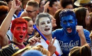 Des supporters de l'équipe de France lors de la retransmission TV de la demie-finale, le 7 juillet 2016 à Toulouse