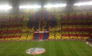 Le tifo des supporters du Barça.