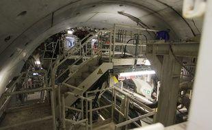 L'avant du tunnelier et la roue de coupe, vue de l'arrière