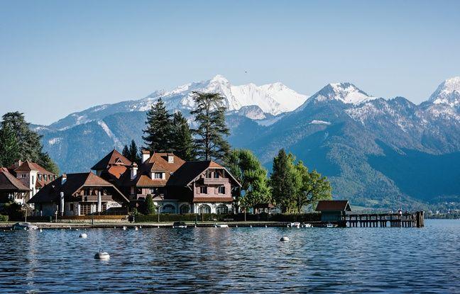 L'Auberge du Père Bise dans le cadre majestueux du Lac d'Annecy