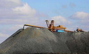 Extraction de terres rares en Chine, à Bayan Obo, en octobre 2010.