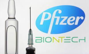 Illustration des laboratoires Pfizer et BioNTech qui développent un vaccin contre le Covid-19.