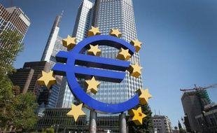 La Commission européenne a annoncé mardi à Strasbourg la formation d'un groupe d'experts pour évaluer les avantages et les risques d'une mutualisation partielle de la dette au sein de la zone euro