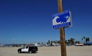Plus de 250.000 personnes en Californie vivent dans des zones côtières susceptibles d'être dévastées par les flots en cas de tsunami dans cet Etat à l'ouest des Etats-Unis sujet aux tremblements de terre, selon une étude du Centre américain de géophysique (USGS) lundi.