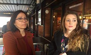 Carlyne (à droite), la fille de Patricia Bouchon, et sa tante, Sandra, la soeur de la victime.
