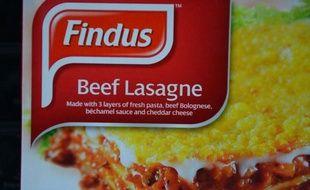 Comigel, le producteur français de surgelés impliqué dans un scandale au Royaume-Uni de viande chevaline dans des plats censés contenir du boeuf, distribués par Findus, a mis en cause vendredi un de ses fournisseurs et a annoncé le retrait de tous ses produits.