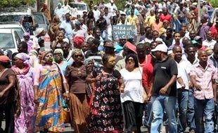 L'intersyndicale n'est pas venue signer, jeudi matin à Mayotte, l'accord de sortie de crise censé suspendre le mouvement contre la vie chère lancé il y a 45 jours dans ce département français de l'Océan indien, a constaté un journaliste de l'AFP sur place.