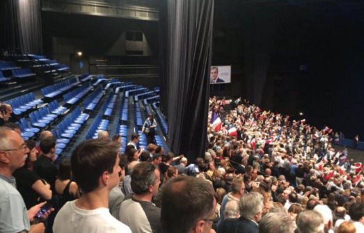 Sébastien Foy, soutien de François Fillon fait une boulette en essayant de se moquer d'Emmanuel Macron – Capture Twitter