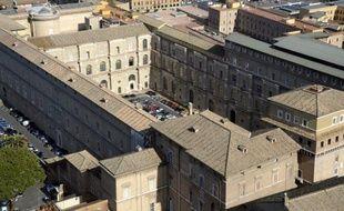 Le Vatican a désigné vendredi un baron et industriel allemand, après une longue vacance de neuf mois à la tête de sa banque, sans doute la dernière nomination importante du pontificat, à 13 jours de la démission historique de Benoît XVI.