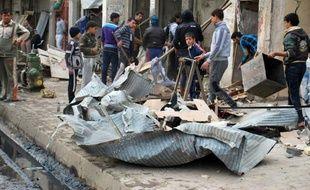 Au moins 22 personnes ont été tuées en Irak jeudi dans une nouvelle vague d'attentats visant la communauté chiite, au moment où le Premier ministre Nouri al-Maliki doit faire face à la colère de la minorité sunnite qui s'estime lésée par sa politique.