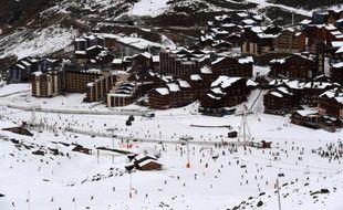 La station de Val Thorens en Savoie fait partie des Trois Vallées, plus grand domaine skiable au monde, le 22 novembre 2014