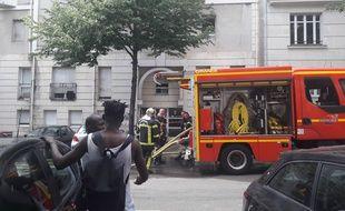 Incendie au centre d'hébergement d'urgence rue Sibille à Nantes.
